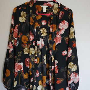 H&M Floral Button Up Long Sleeve Dress w/ Pockets